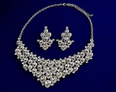 Sale Exquisite Chandelier Jewelry Set by ALBridalAccessories