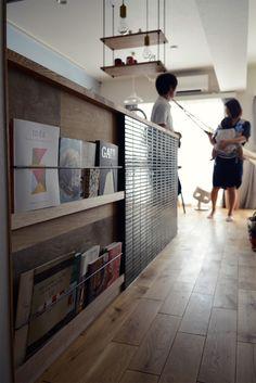 Decor Interior Design, Interior Decorating, Hair Salon Interior, Bookcase Shelves, Coffee Shop, Mansions, Architecture, Room, House