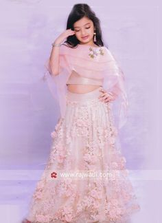 designer party wear choli suits online for girls Kids Party Wear Dresses, Party Wear Indian Dresses, Kids Dress Wear, Wedding Dresses For Kids, Kids Gown, Dresses Kids Girl, Girl Outfits, Girls Frock Design, Kids Frocks Design