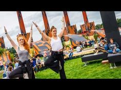 The edition of Lowlands Festival saw some big changes compared to previous years. The Event Industry News film crew went behind the scenes to see how th. Festival 2017, Previous Year, Behind The Scenes, Dolores Park, Events, Film, Youtube, Travel, Movie