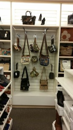 Cato Fashions Locations Tennessee Critter Icon crossbody bags