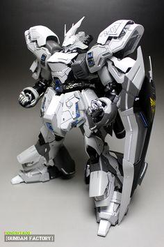 [MG 1/100 Ver.Ka] The White Sazabi: Work by Hong Tea. Full Photoreview http://www.gunjap.net/site/?p=215256
