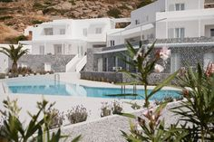 Architecture have transformed a 2 star hotel on Ios Island, Greece, into Hotel Relux, a contemporary 4 star boutique hotel. The architect's description Sometime during the mid Blue Bay Hotel [. Bungalows, Contemporary Architecture, Architecture Design, Casa Cook Hotel, New Yorker Loft, Interior Design Trends, Paradise Hotel, Gabion Wall, Greece Hotels