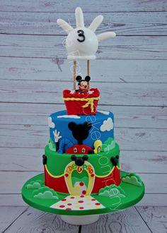 Gâteau d'anniversaire Mickey 2 étages La maison de Mickey Mickey dans une nacelle