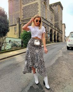 How to dress up jeans maxi skirts 18 ideas Classy Outfits, Pretty Outfits, Casual Outfits, Cute Outfits, Fall Fashion Outfits, Spring Outfits, Autumn Fashion, Looks Rockabilly, Dress Up Jeans