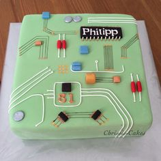 Motherboard computer cake - Home Page Birthday Cakes For Men, Cakes For Boys, Geek Birthday, Engineering Cake, Computer Cake, Occasion Cakes, Cute Cakes, Creative Cakes, Party Cakes