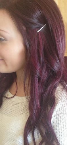 Cheveux rouge violet j'aime 70 Super Ideas … – All About Hairstyles Hair Color And Cut, Haircut And Color, Love Hair, Gorgeous Hair, Red Violet Hair, Mahogany Hair, Look Body, Medium Hair Styles, Long Hair Styles