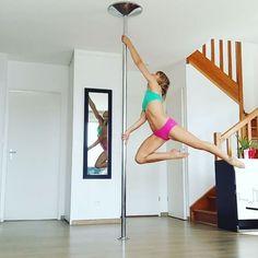 "928 Likes, 18 Comments - leslielili (@leslielili_pole) on Instagram: ""Mini combo split to split #pole #poledance #poledancer #polesport #dance #dancer #graceful #fitness…"""