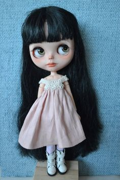 Handmade linen dress for Blythe and Pullip outfit by CARLXYDOLLS