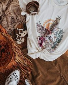 FLAT LAY WESTERN DREAM Country Lifestyle, Wild Hearts, Flat Lay, Westerns, Style Inspiration, Boho, Bohemian