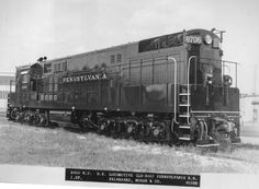 Pennsylvania Railroad Fairbanks-Morse 8706 in a builder photo at Beloit, Wisconsin, September, Fairbanks-Morse photo. Electric Locomotive, Diesel Locomotive, Fairbanks Morse, Long Island Railroad, Great Buildings And Structures, Modern Buildings, Railroad Pictures, Pennsylvania Railroad, Railroad Photography