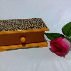 Gaveta porta joia animal print a venda em www.leoninaartesemmdf.com.br  #adoroartesanato #presentedanamorada #presentediadasmães