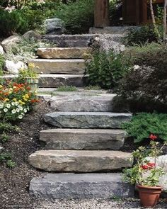 Steps and Stairs for your landscape or backyard. Great ideas, projects and tutorials for landscape steps. (Patio Step To Lawn) Sloped Backyard Landscaping, Sloped Garden, Landscaping With Rocks, Landscaping Ideas, Shade Landscaping, Backyard Patio, Cement Patio, Flagstone Patio, Pergola Patio