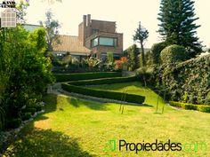 Sería increíble disfrutar la #primavera desde el jardín de esta casa ubicada en San Ángel.