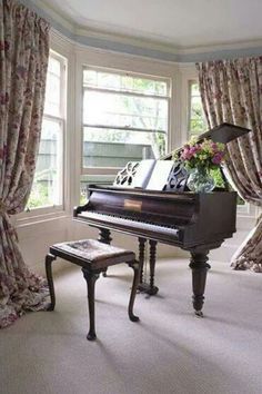 Pinterest the world s catalog of ideas for Piano for small space