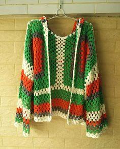 Gran tamaño con capucha abuela cuadrados ganchillo suéter