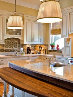 Kitchen Back Splash White Brown? Design, Pictures, Remodel, Decor and Ideas - page 8