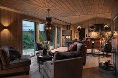 BUD MOTTATT! Spektakulær utsikt fra Fageråsens fineste tomt. Totalrenovert hytte der alt er tenkt på. | FINN.no Hygge, Ceiling Lights, Rustic, Dining, Table, Baby 2017, Furniture, Home Decor, Houses