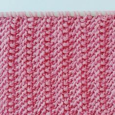 Stylish knit pattern for scarves, sweaters, blankets … – Shirt Types Drops Design, Types Of Shirts, Men's Shirts, Knitting Stitches, Knitting Patterns, Blanket, Stylish, Crochet, Sweaters