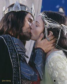 Arwen y Aragorn. The Lord of the Rings: The Return of the King de Peter Jackson, con Viggo Mortensen y Liv Tyler.
