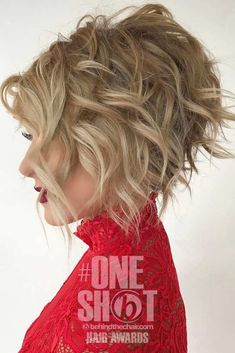 29 Impressive Short Bob Hairstyles To Try - Coiffure Sites Short Curly Hair, Short Hair Cuts, Curly Hair Styles, Pixie Cuts, Medium Curly, Short Pixie, Short Men, Short Hair With Perm, Blonde Curly Bob