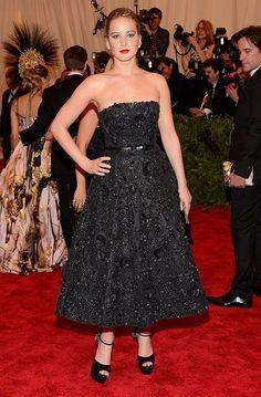 Jennifer Lawrence Looks 50's Vintage