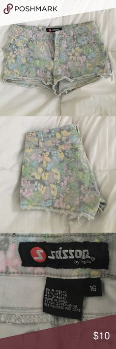 Need money for college! Super cute floral shorts, don't fit me anymore! They were handed down from a friend, so they have been worn many times but are in good condition. Shorts