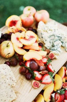 Throwing a party? Serve up a fruit and cheese platter.