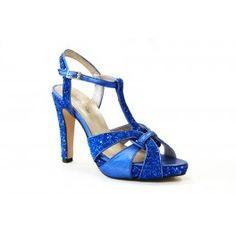 Sandalia glitter de tacón de Martina Blue Blue Party, Party Shoes, Fashion, Court Shoes, Shoes Sandals, Footwear, Purses, Moda, Fashion Styles