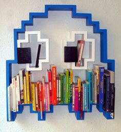 There is nothing stopping this funky book shelf!    Muy buena onda esta biblioteca !! :D