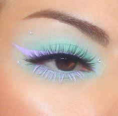 Indie Makeup, Edgy Makeup, Makeup Eye Looks, Eye Makeup Art, Crazy Makeup, Skin Makeup, Eyeshadow Makeup, Makeup Inspo, Makeup Trends