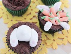 Bunnyes in mucake muffins