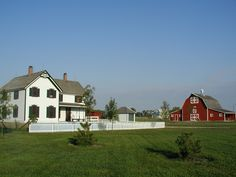 Farm House with Barn Its A Wonderful Life, Life Is Good, Pioneer Life, North Platte, Grand Island, Home On The Range, Nebraska, Outdoor Activities, Great Places