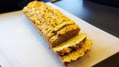 Paleo Brot: ✓Glutenfrei ✓Getreidefrei ✓Laktosefrei. Dafür voller Ballaststoffe und Proteine. Kohlenhydratarmes Brot das richtig lecker schmeckt!