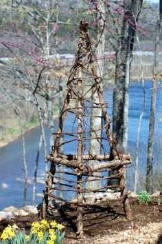 Upcycled Garden Trellis by Cindi Lou