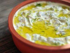 Salatalar - Yoğurtlu Semizotu Salatası