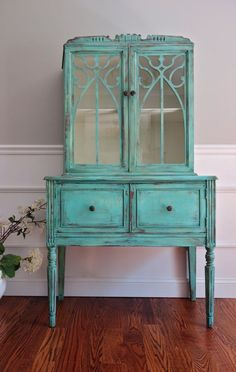 Hand Painted Shabby by FrenchCountryDesign #shabbychicdressersteal