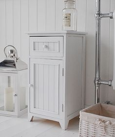 10 Exquisite Linen Storage Ideas For Your Home Decor Pinterest White Bathroom And Cabinets