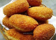 1 btr kuning telur ml susu cair dingin sejumput garam Bahan Easy Cookie Recipes, Donut Recipes, Bread Recipes, Cake Recipes, Cooking Recipes, Drink Recipes, Roti Bread, Bread Bun, Bread Cake