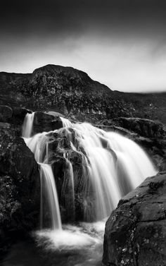 Black_and_white_photography_tips_photo_editing_DCM130.feature.landscape