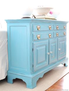 Lovely turquoise sideboard, with DIY chalkboard paint. Glazing tutorial.
