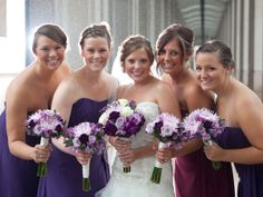 Love the colors..perfect for the color of the bridesmaids dresses!