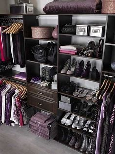 organized closet----I wonder if I should paint my closet shelves black?  I do need to add a few shelves in there for sure!