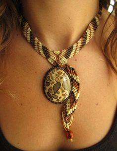 Safari Jasper Leopardite Macrame Collar artesanal con piedra