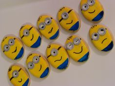 Despicable Me Birthday Sugar cookies covered in royal icing. Hand painted some fondant details. Minions Friends, Minions Despicable Me, Minion Theme, Minion Party, My Themes, Party Themes, Party Ideas, Baby Birthday, Birthday Ideas
