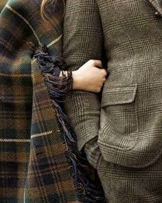 Tweed and tartan. Fall must haves Humphrey Bogart, Harris Tweed, Outlander, Mode Style, Style Me, Couple Style, Estilo Hipster, The Secret History, Mode Inspiration