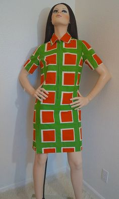 70s Marimekko Dress / 1970s Mod Graphic Block Print Cotton Dress / 1971 Marimekko Suomi Finland Shift Dress with Pockets