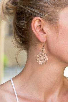 ORNAMENT Ohrringe rosé vergoldet Diamond Earrings, Drop Earrings, Ornament, Jewelry, Neck Chain, Gemstone Earrings, Armband, Diamond Studs, Decorating
