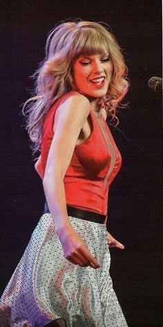 Taylor Swift  Red tour : Mean
