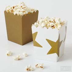 Roll out the red carpet for these Oscar party ideas! Grab all your film-buff friends and host the hottest awards party of the year with an Oscar-themed party. Our cast of A-list drinks, hors d'oeuvres, and decorations will make your party worthy of Hollywood's top stars. Black tie optional, popcorn mandatory.